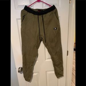Nike track pants M size